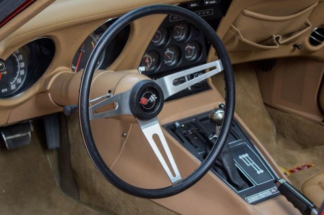 1973-chevrolet-corvette-stingray-aguas-de-lindoia