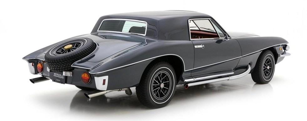 Notícia no mundo sobre carros antigos: Slutz Blackhawk, carro estilizado por Virgil Exner, ex-chefe de design da Chrysler.