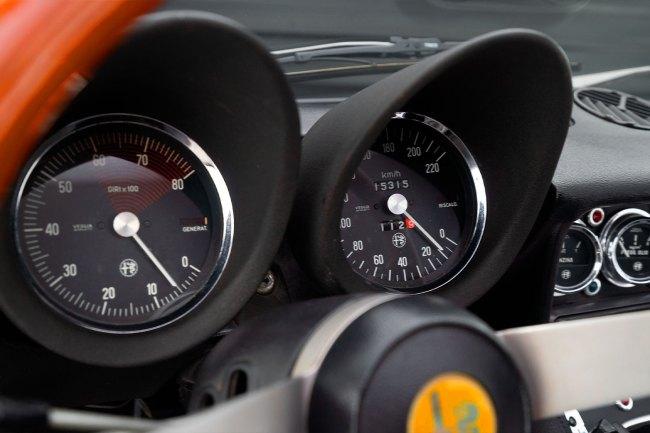 1974-Alfa-Spider-Veloce-2000-the-garage-a-venda-no-brasil