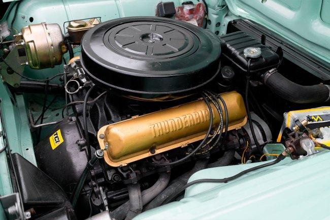 Ford-Thuderbird-1959