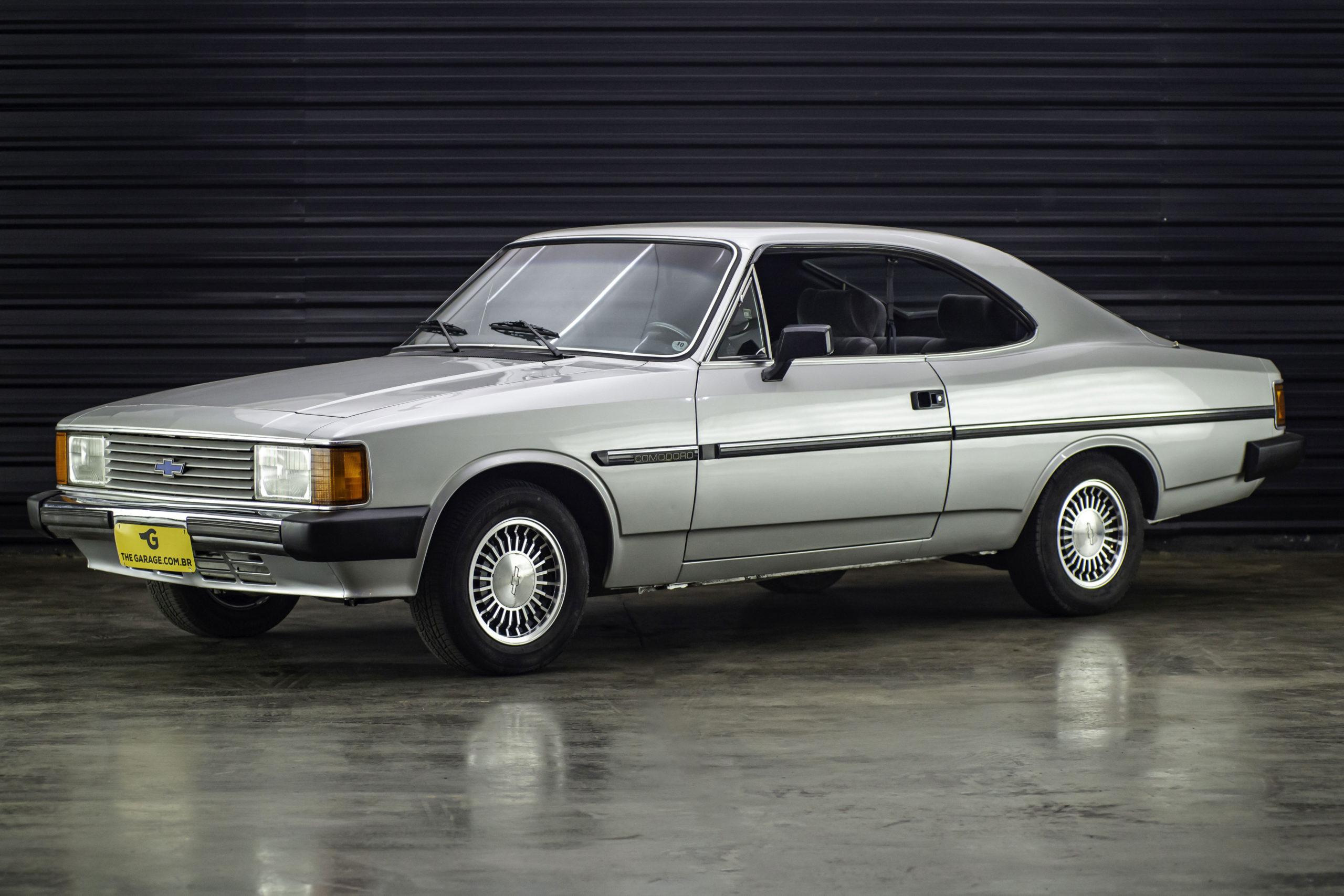 1986-opala-comodoro-prata-a-venda-sao-paulo-sp-for-sale-the-garage-classicos-a-venda-loja-de-carros-antigos-2