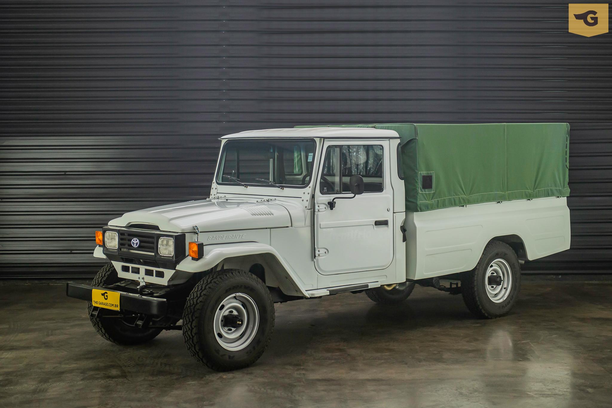 1999-Toyota-bandeirante-a-venda-sao-paulo-sp-for-sale-the-garage-classicos-a-venda-loja-de-carros-antigos--26