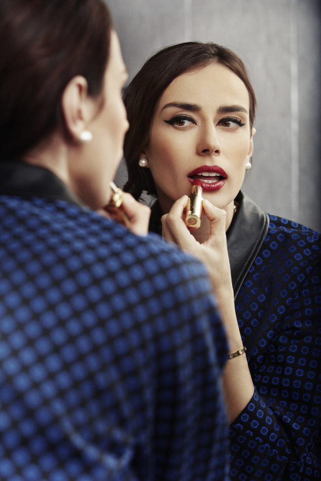 Katia_Peneva_Popov_The_Garage_Starlets_Avon_Cosmetics_Make-up_Luxe_02