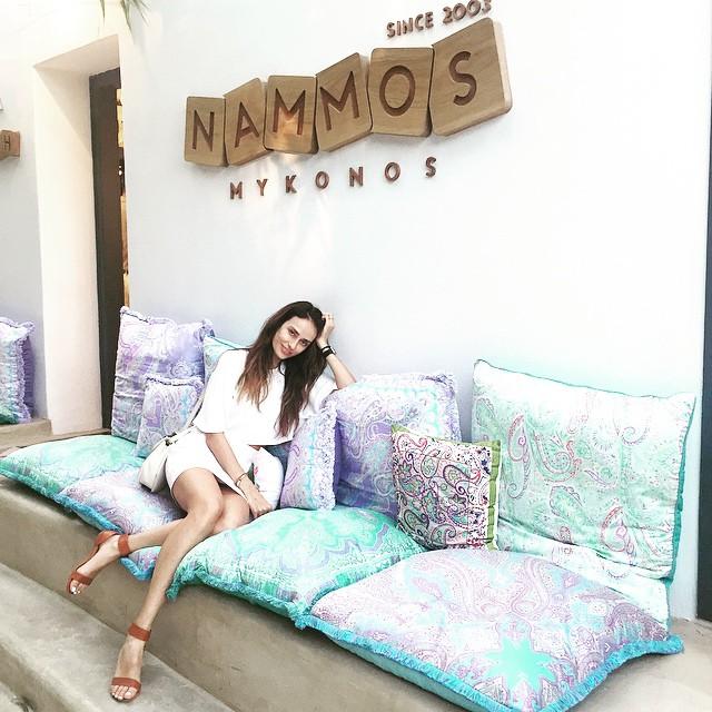 The_Garage_Starlets_Katia_Peneva_Popov_Alina_Popov_Instagram_04