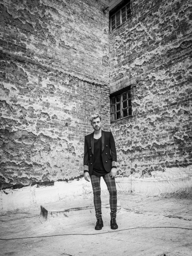 The_Garage_Starlets_Nikolay_Hristov_BalmainxHM_Balmain_HM.10