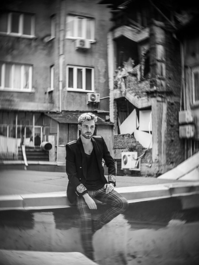 The_Garage_Starlets_Nikolay_Hristov_BalmainxHM_Balmain_HM.5
