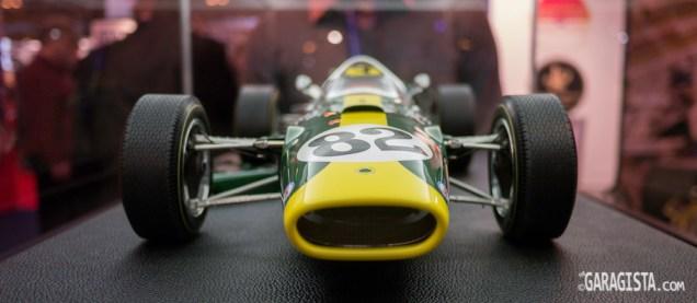Lotus Type 38 1/8 Scale suspension