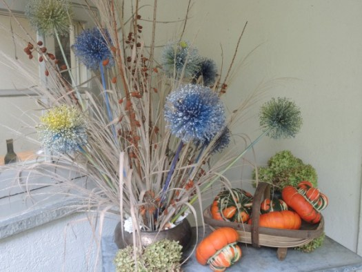 Floral arrangements made with allium seed heads