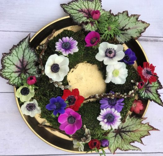 #bouquetoftheday with home grown anemones