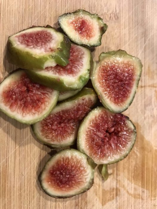 The fig wasp enters the fig and pollinates the fig