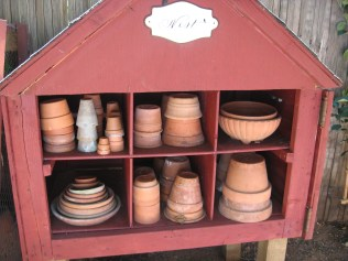 Pot storage
