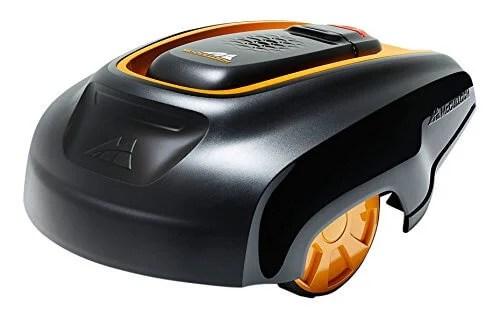 McCulloch R1000 Robotic Lawn Mower