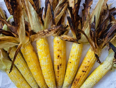 Grilled corn with Roasted Pepper Butter-2