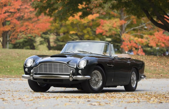 1965-aston-martin-db5-convertible-sells-for-record-2-million-usd-0