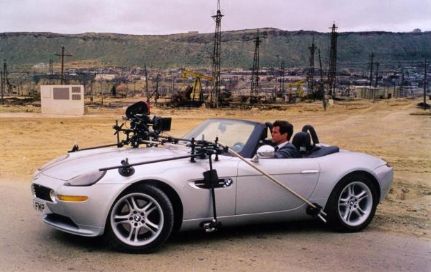 James Bond BMW-Z8-James-Bond-Car