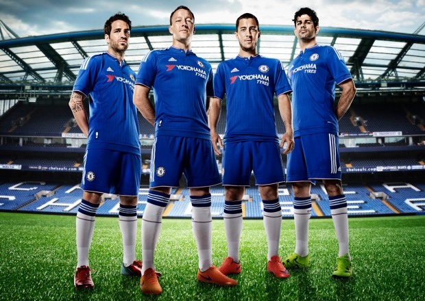 Chelsea-players-with-new-uniforms