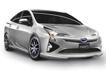 Tom's Racing Prius 2016 Bodykit 1