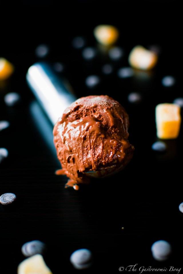 Dark Chocolate Ice Cream with Crystallised Ginger1