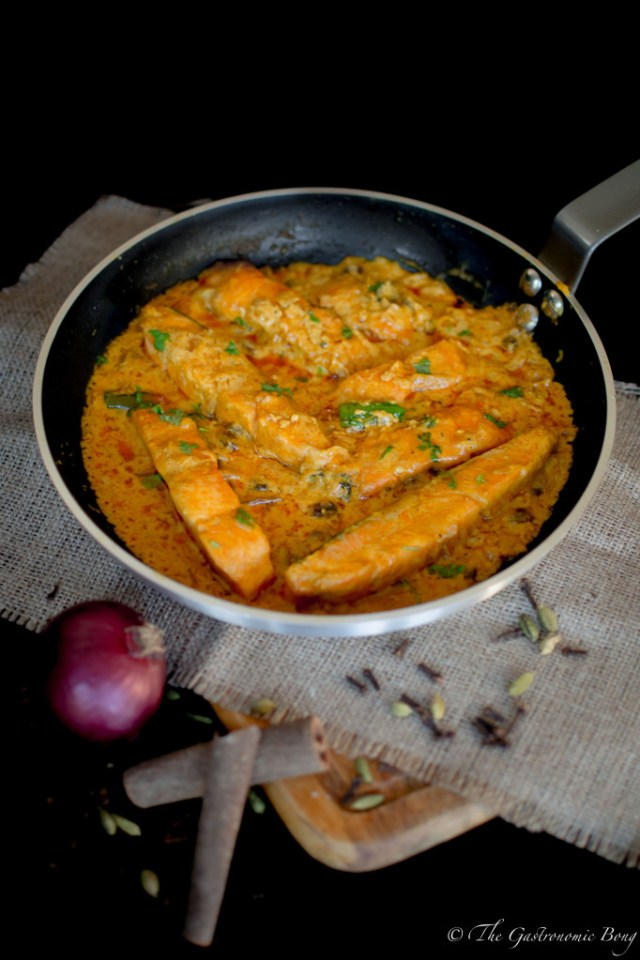 salmon-in-yogurt-sauce2