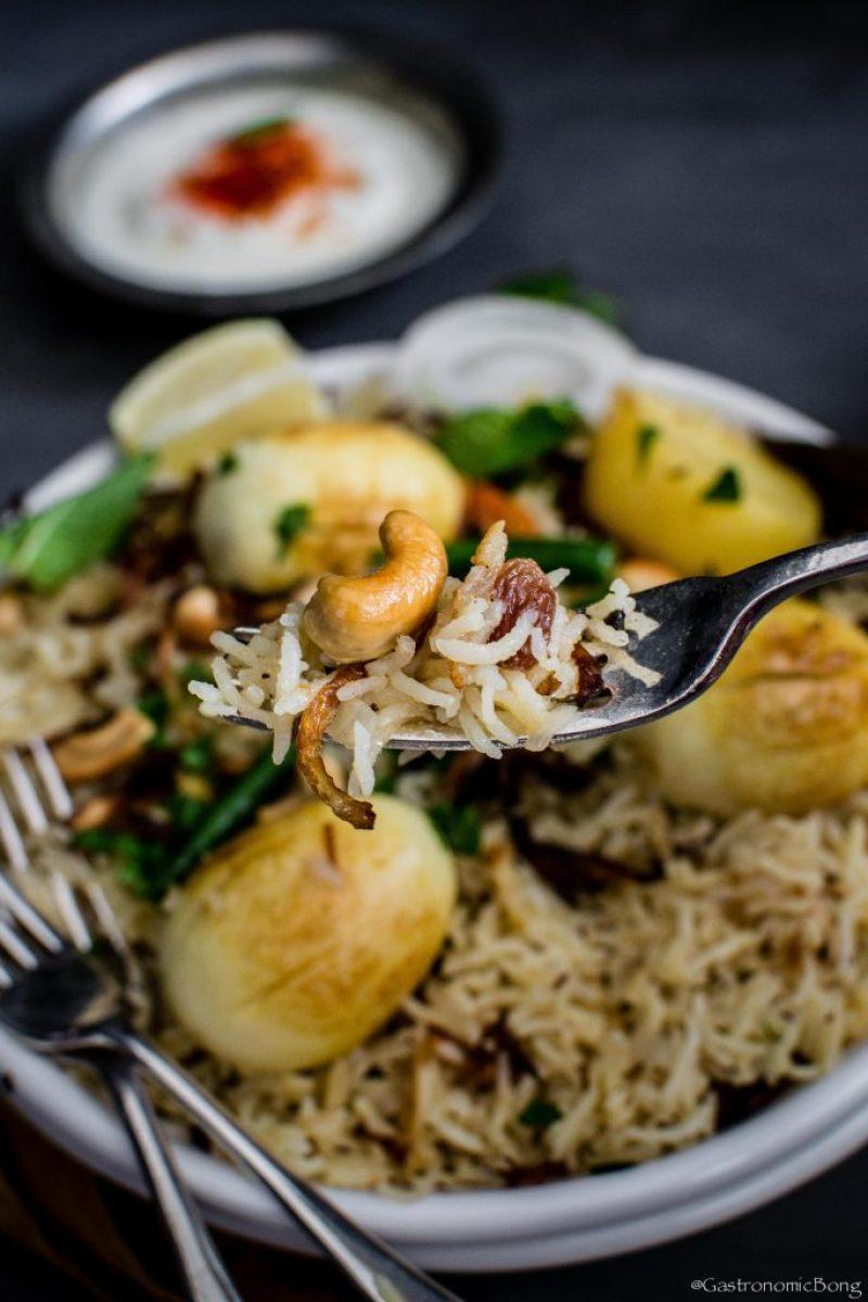 Anda Pulao-Bengali style egg pulao