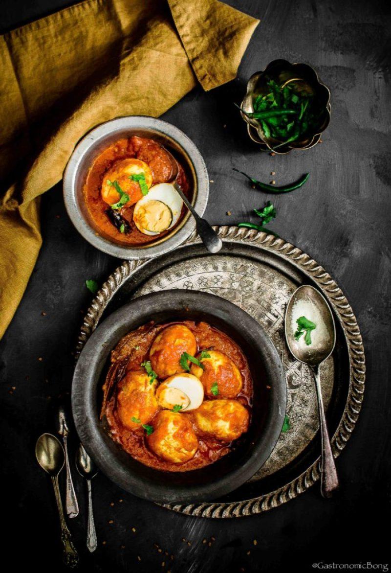 Dim er kosha (bengali spicy egg curry)