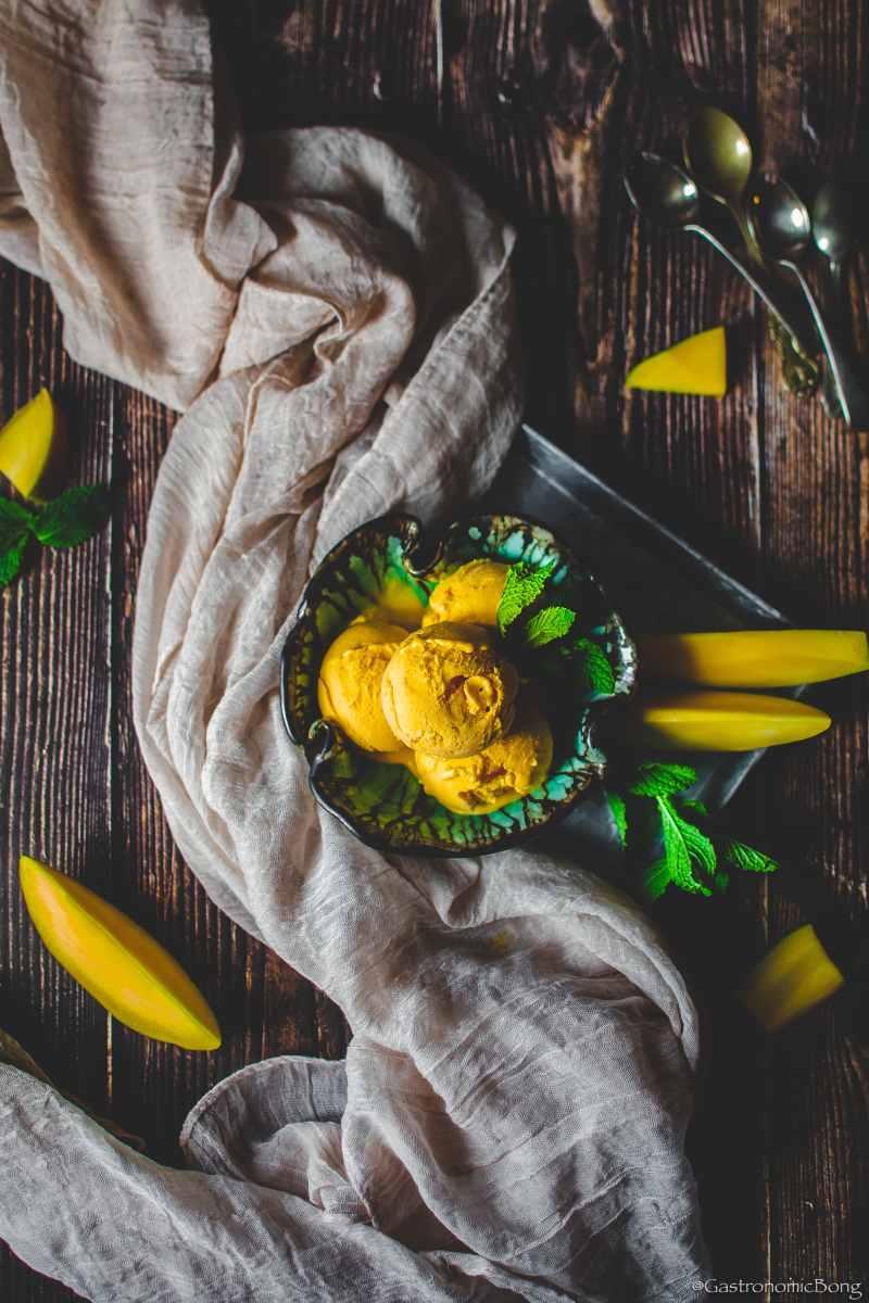 Naturals Mango Ice cream