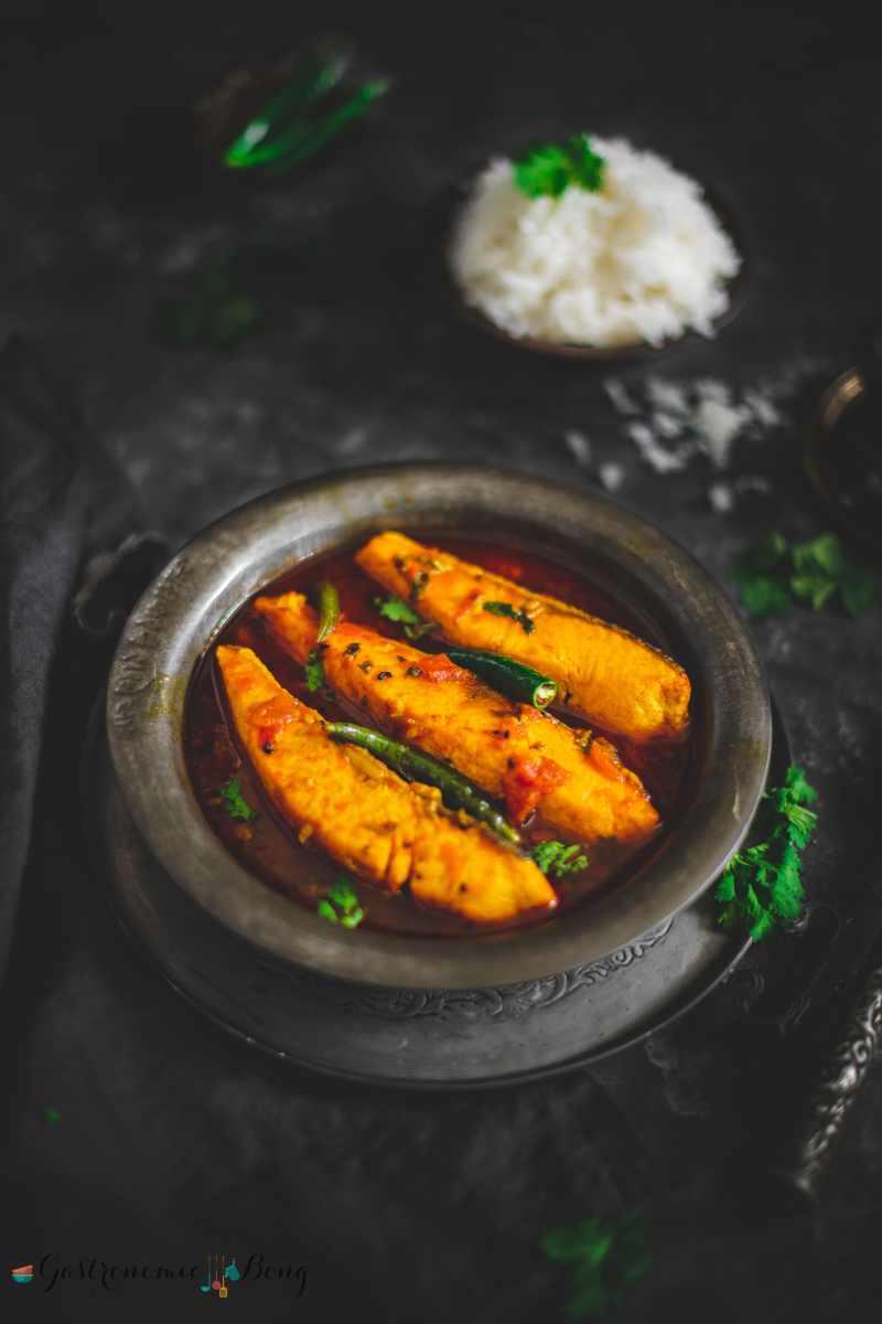 Salmon Macher Tel Jhal (Spicy Salmon Curry) with Nigella seeds)