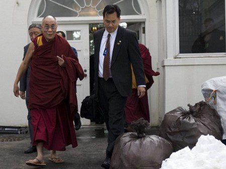 https://i0.wp.com/thegatewaypundit.com/wp-content/uploads/2011/07/obama-dalai-lama-trash-e1310781505619.jpg
