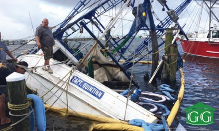 Shrimp Boat Sinks in Harbor