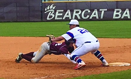 Bearcats, Pirates Split in Saturday Doubleheader