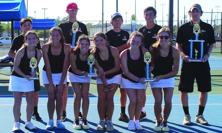 SSC/OLA Win Tennis District Title