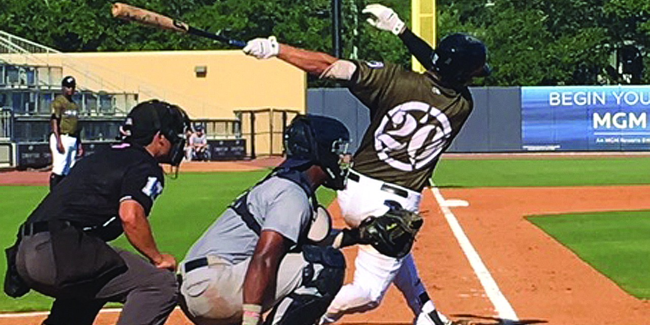 SHUCKERS CLINCH FIRST-HALF TITLE