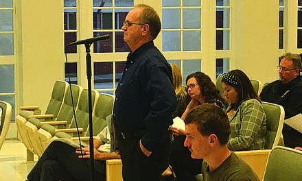 Public Property Problems Dominate Long Beach Meeting