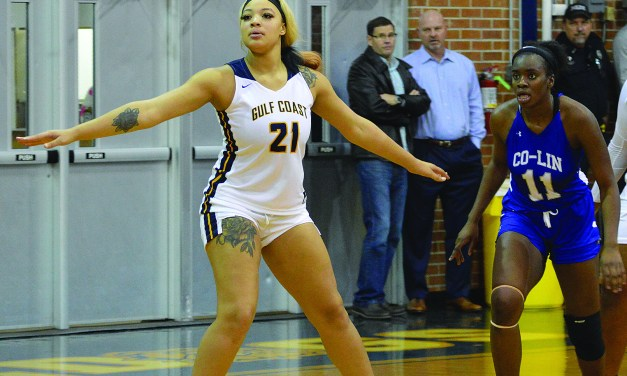 MGCCC All-American White from Gulfport Signs with Houston