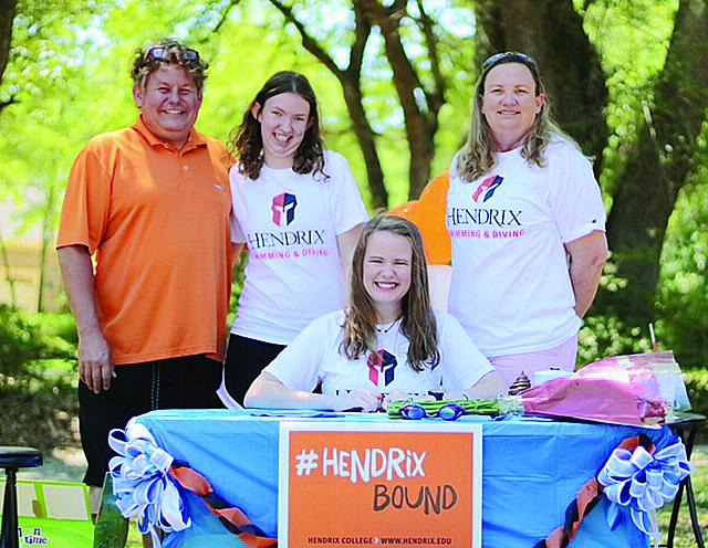 Broussard Signs to Swim at Hendrix College