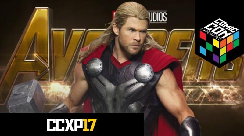 Passadinha no stand da Marvel conferindo uniformes dos Vingadores
