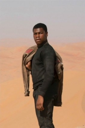 star-wars-7-force-awakens-john-boyega-1-399x600