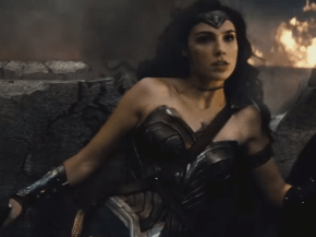 the-new-batman-v-superman-trailer-gives-us-our-first-good-look-at-the-new-wonder-woman