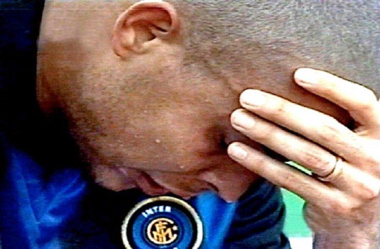 5 Maggio 2002: Ronaldo piange in panchina per il campionato perso