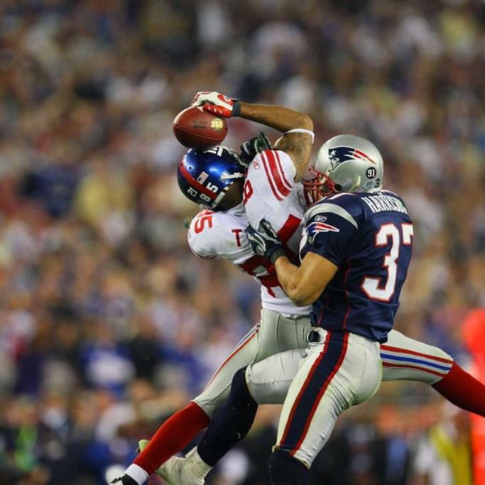 Super Bowl XLII - Helmet Catch