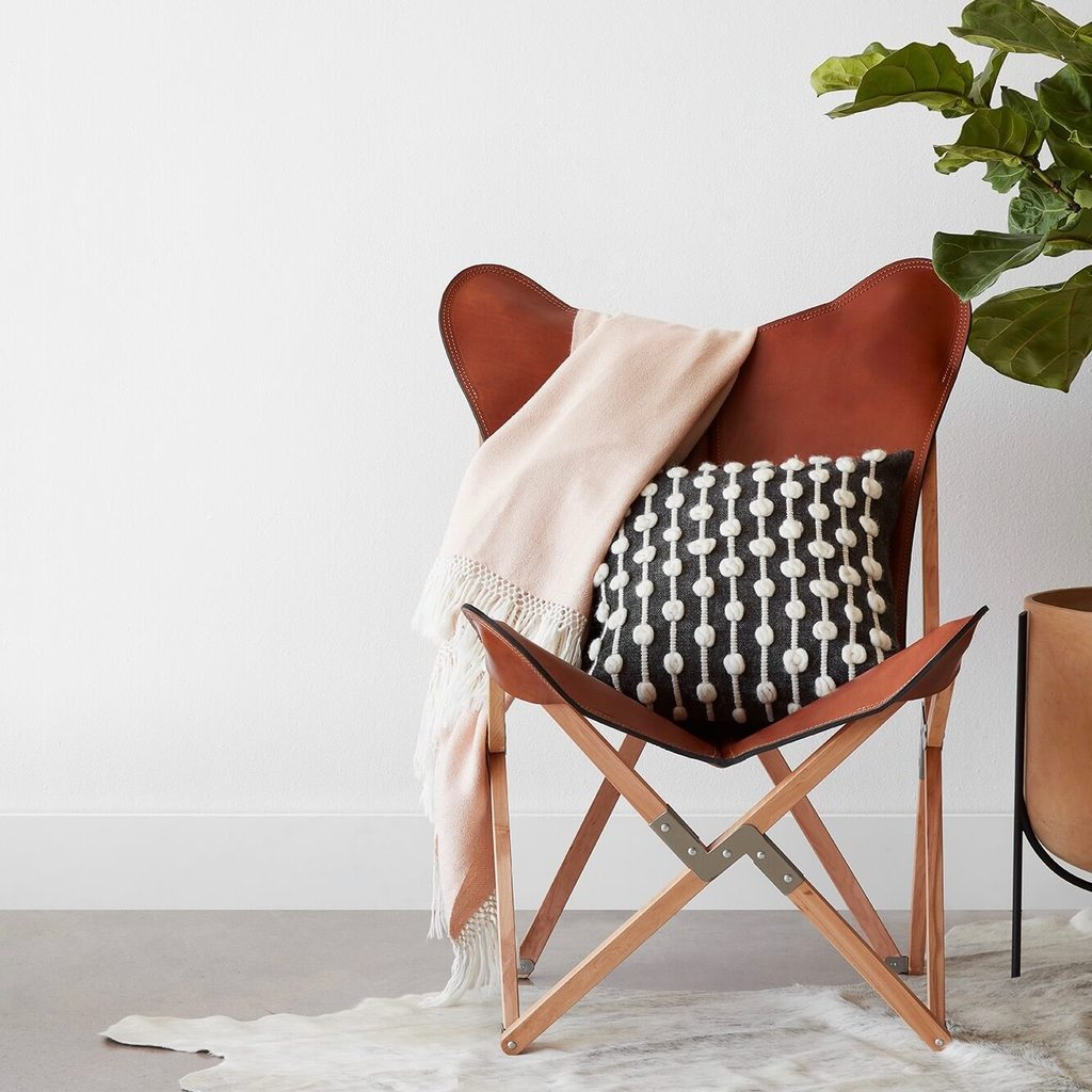 handmade decor items beso pillow