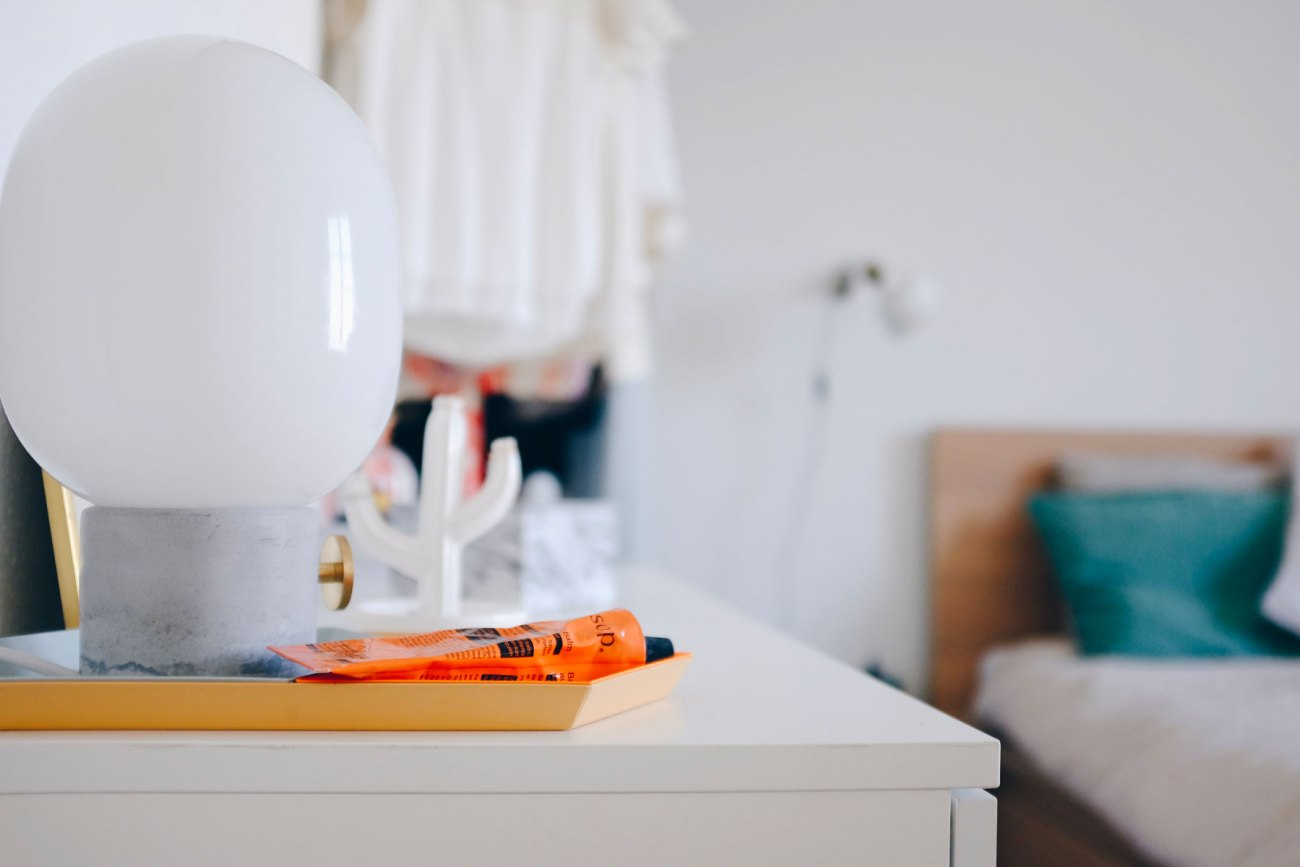 Open wardrobe DIY - close up of the JWDA concrete menu lamp