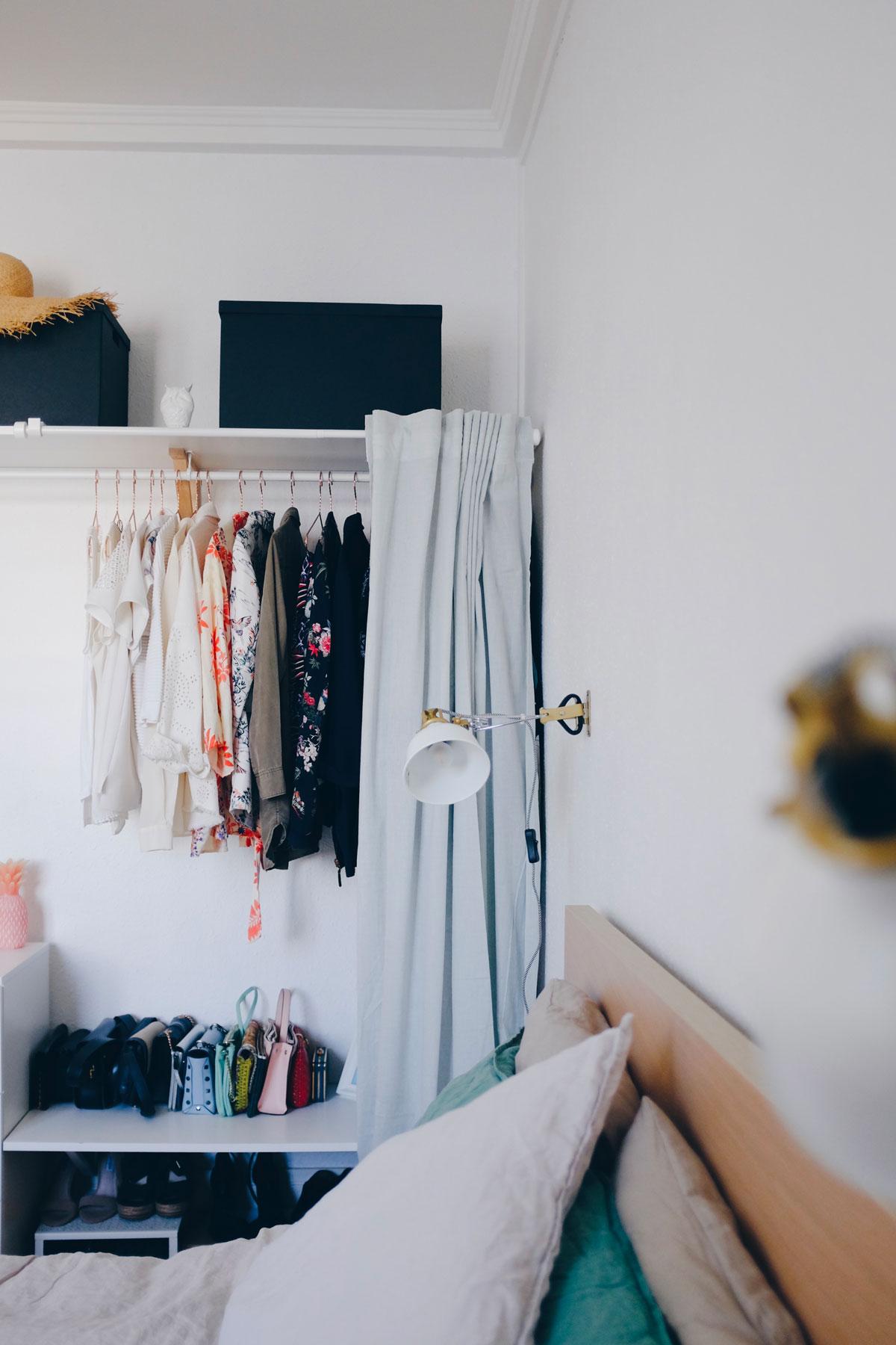 Open wardrobe DIY - ranarp ikea lamps view