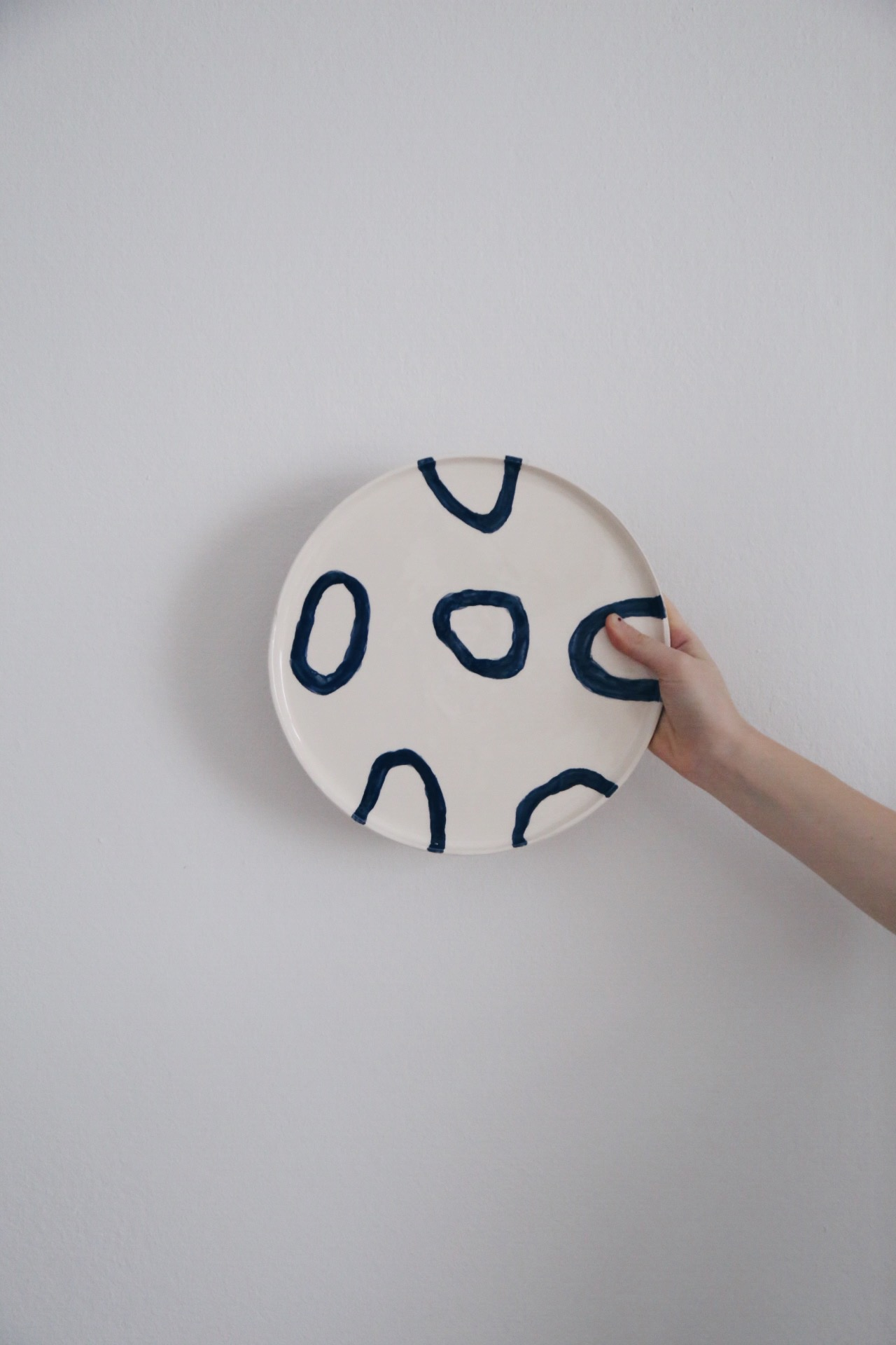 Ceramic Studio Maitoinen - plate with shapes