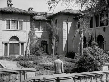 still of Norma Desmond's mansion - Sunset Boulevard - Billy Wilder - narrator