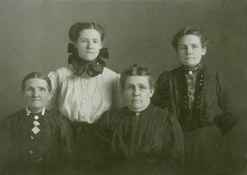 Sarah Jane Marler and daughters