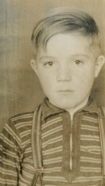 PETERSON, Darrell Skeen, sepia portrait