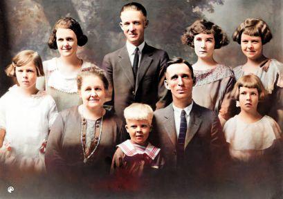 Joseph Skeen Jane Zina Petrina Folkman family abt 1923-Colorized