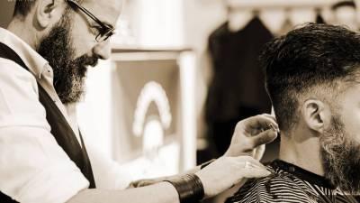 Intervista a Marco Artesi: il barber 2.0 e la rivisitazione della barberia classica