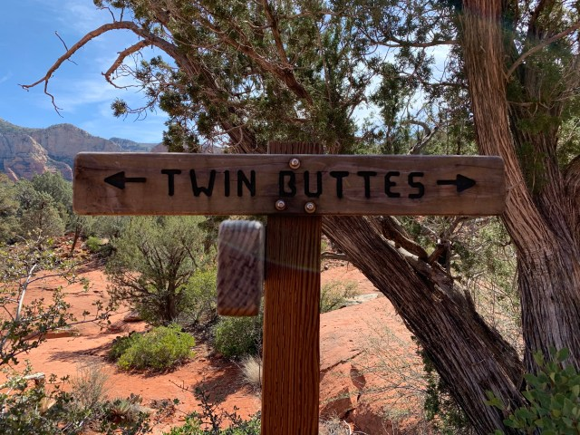 Twin Buttes Trail
